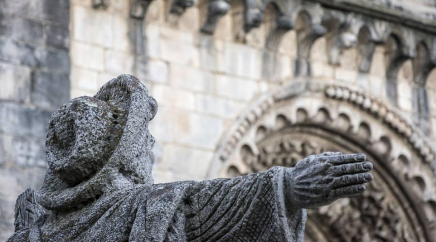 la statua del Pellegrino