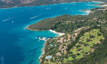 Hotel 5 Stelle Gluten Free con Thalasso Spa & Golf di fronte a La Maddalena