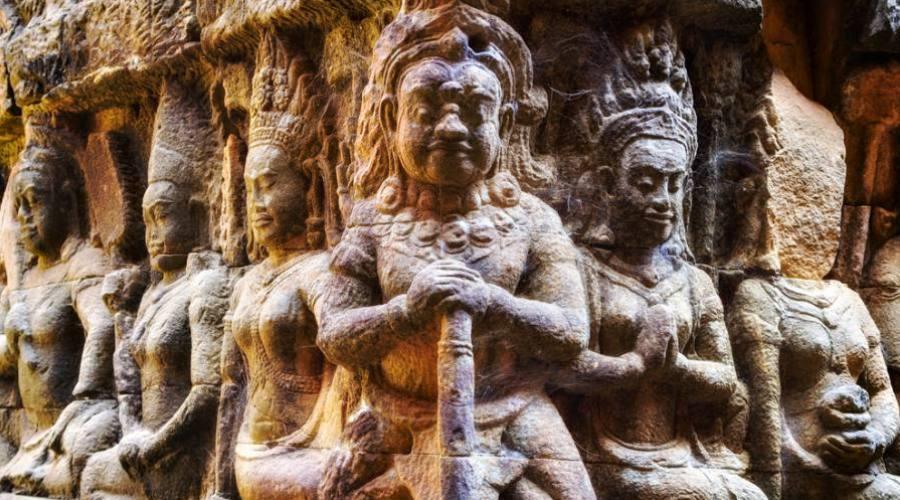 - Angkor Thom, particolare della terrazza del Re lebbroso