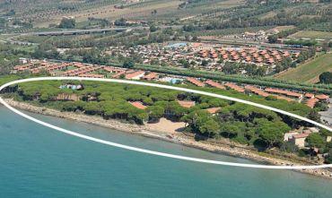 Elegante Resort 4 stelle fra pineta e mare, relax assicurato!