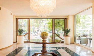 Hotel Ecologico Gluten Free con Golf Mare e Animazione nella Città del Sale