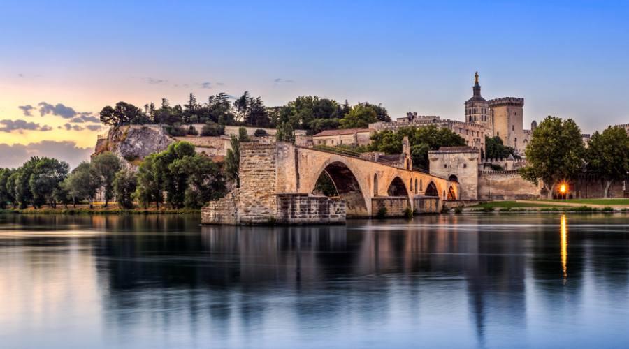 Avignone , il ponte