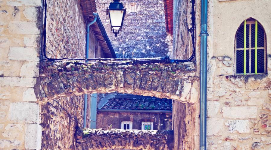 Viviers, il centro medievale