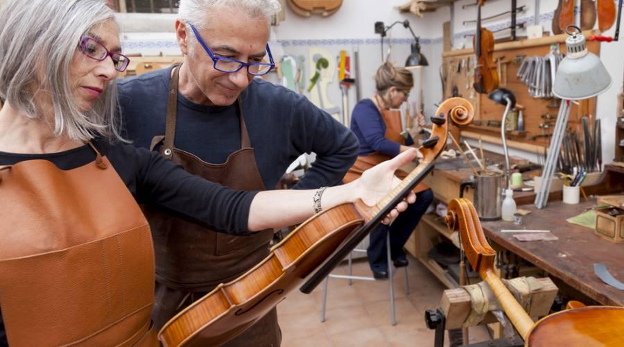 Cremona, il violinista e il liutaio