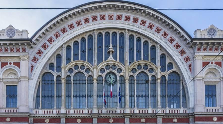 Stazione Porta Nuova - Torino