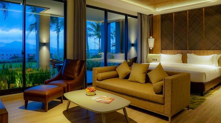 interni ketapang indah hotel