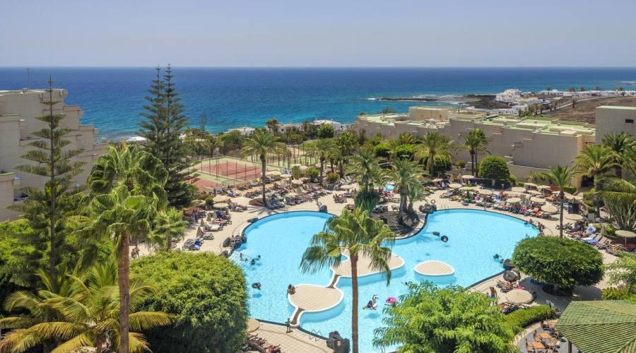 Occidental Lanzarote Playa - piscina