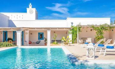 Villa Masseria Privata: 5 Camere, 10 Ospiti, Piscina, Pochi minuti dal Mare, Uso Esclusivo