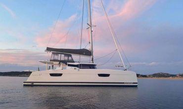 Holistic sail - Yoga e vela  alle Isole Egadi in catamarano