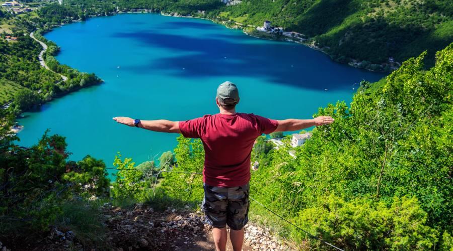 Vista dall'alto del Lago
