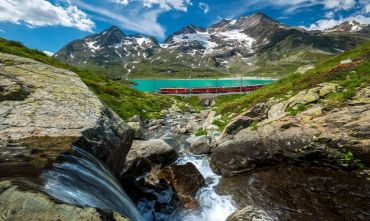 Bernina con il Trenino Rosso, St. Moritz e la carrozza a cavalli