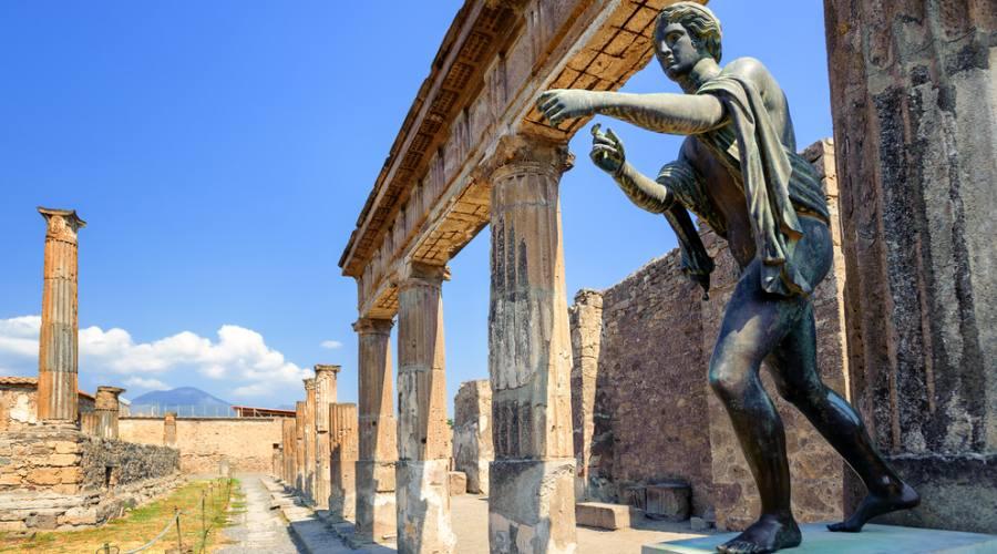 Rovine dell'antico Tempio di Apollo - Napoli