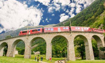 Panorami ed emozioni svizzere a bordo del Bernina Express