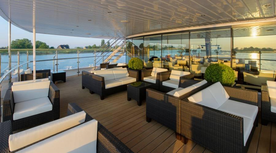 Lounge a bordo