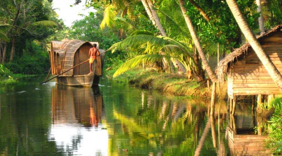 Kerala: Canali di acqua salmastra