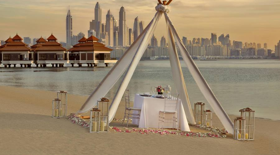 Anantara The Palm Dubai - cena sulla spiaggia