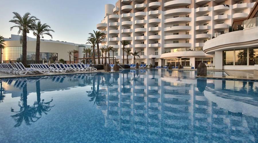 db San Antonio Hotel: Piscina Esterna