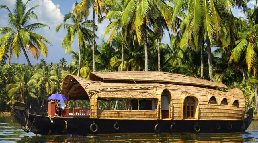Navigazione sulle Backwaters