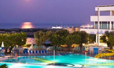 Cala Corvino Resort