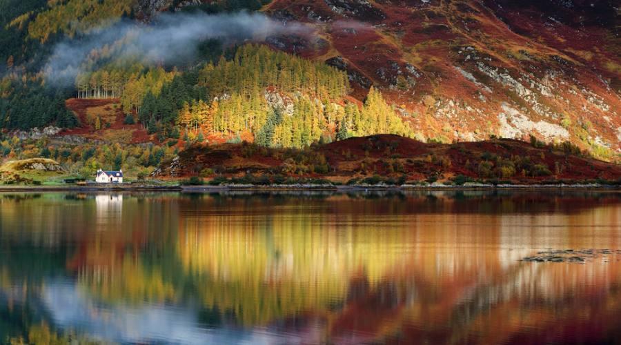 Lago nella Highlands