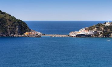 Hotel 4 stelle nella Baia di San Francesco