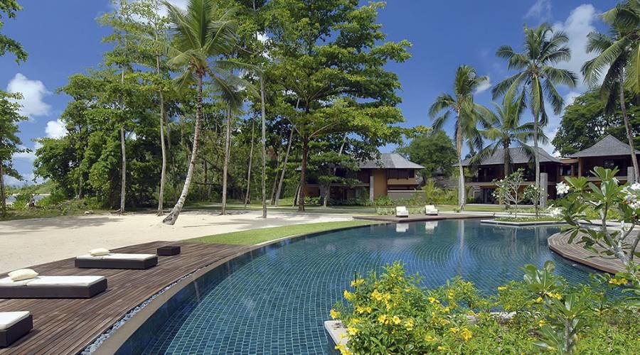 Mahe' - la piscina del Constance Ephelia 5 stelle