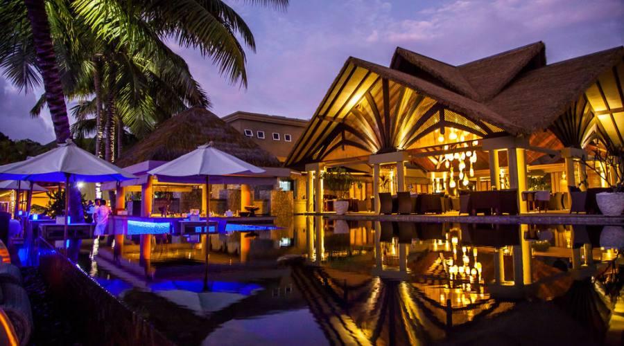 La Digue - la piscina di Le Domaine de L'Orangeraie 5 stelle