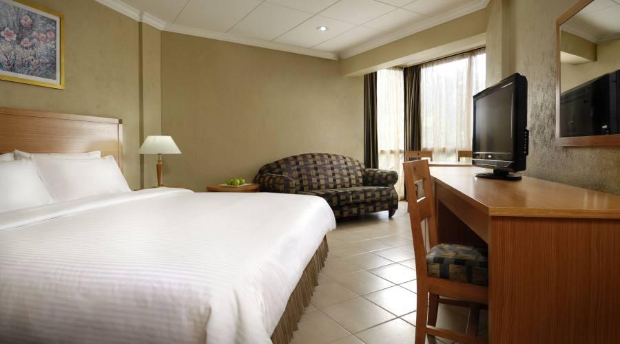 Mahe' - la Standard Room del Berjaya Beau Vallon 4 stelle
