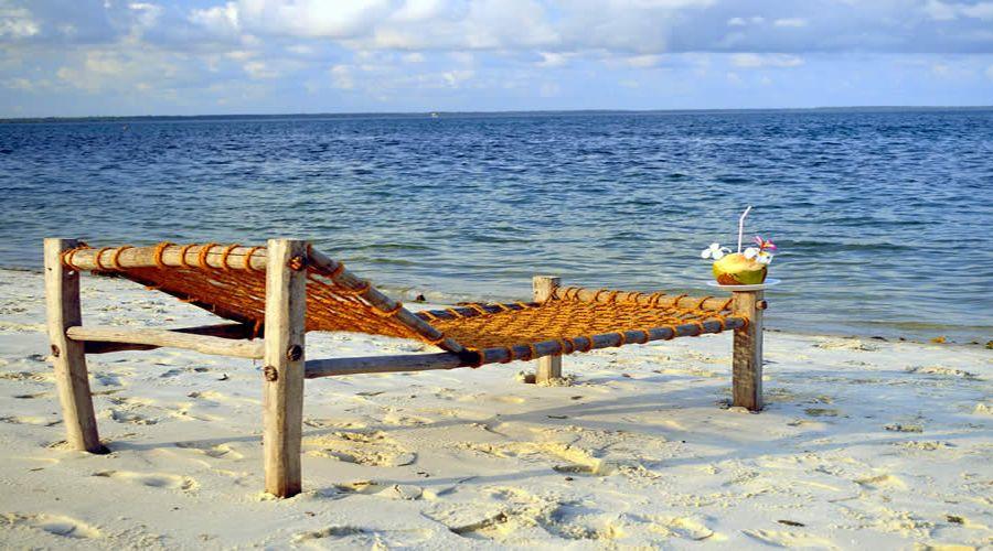 ombrelloni e spiaggia