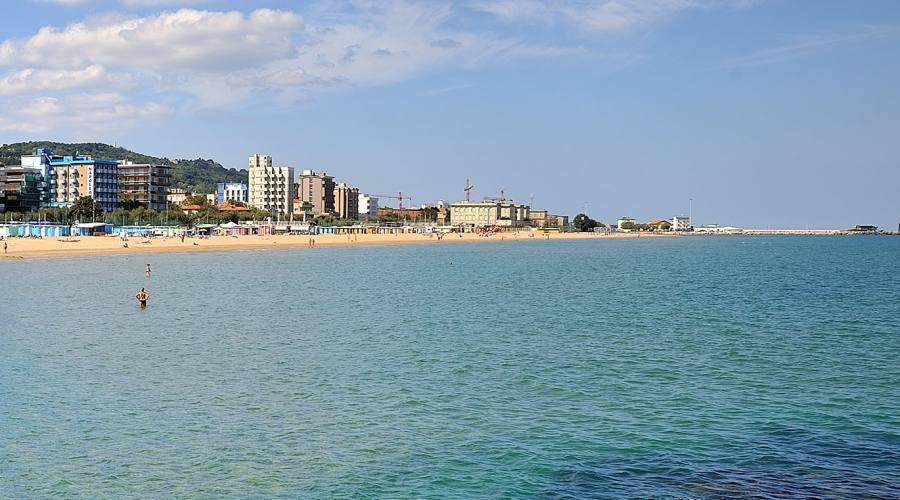 Pesaro vista dal mare