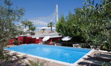 Hotel 3 stelle a gestione familiare, con piscina