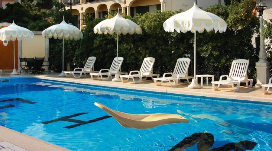 piscina del Grand Hotel