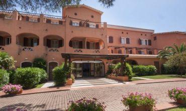 Hotel club Blu Laconia 4 stelle con nave inclusa
