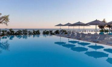 Resort circondato dalla vegetazione mediterranea