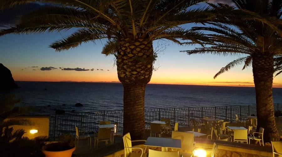 Il tramondo in hotel