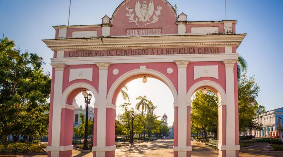 Arco di Trionfo, Jose Marti Park,  Cienfuegos