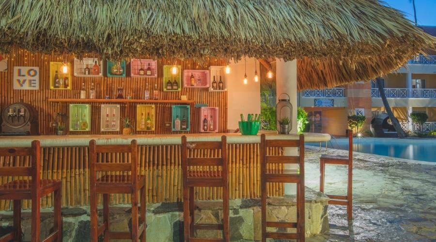 Bar Whala Bavaro