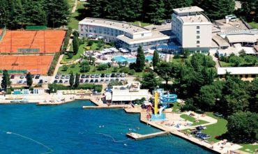 Complesso turistico con animazione e mini club a due passi dal mare