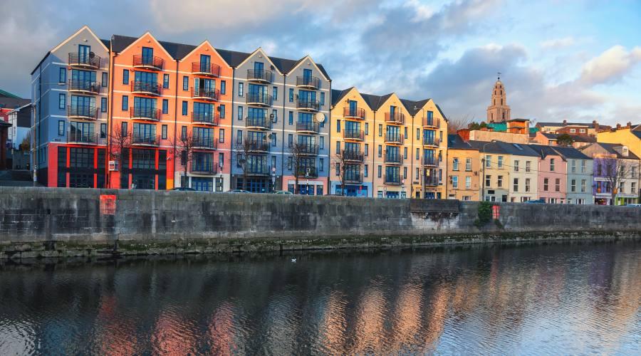 Rive del fiume Lee a Cork