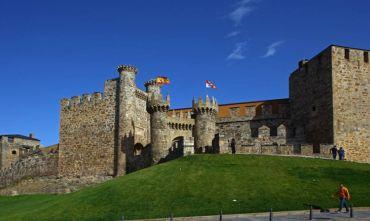 Rioja: Terra di Vino e di castelli