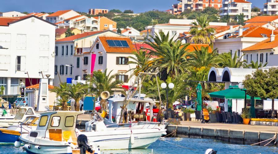 Soggiorno in appartamenti privati nell 39 isola di pag parti for Soggiorno in croazia