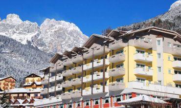 Alpenresort di lusso affacciato sul Lago e sulle Dolomiti di Brenta