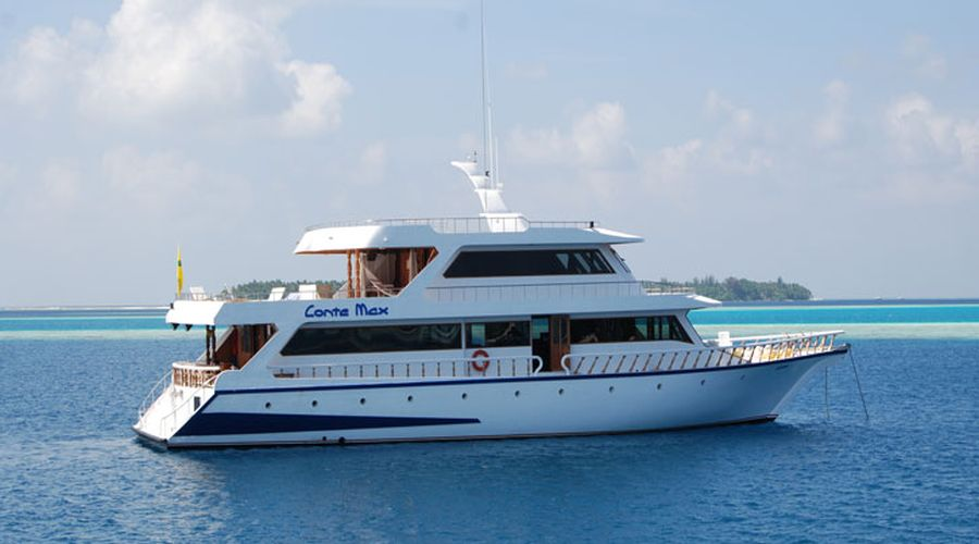 il yacht