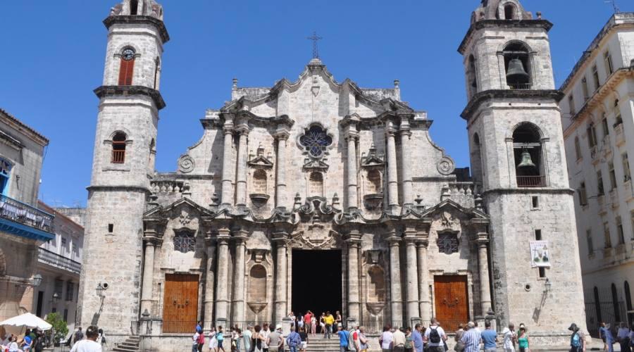 Avana, La Cattedrale