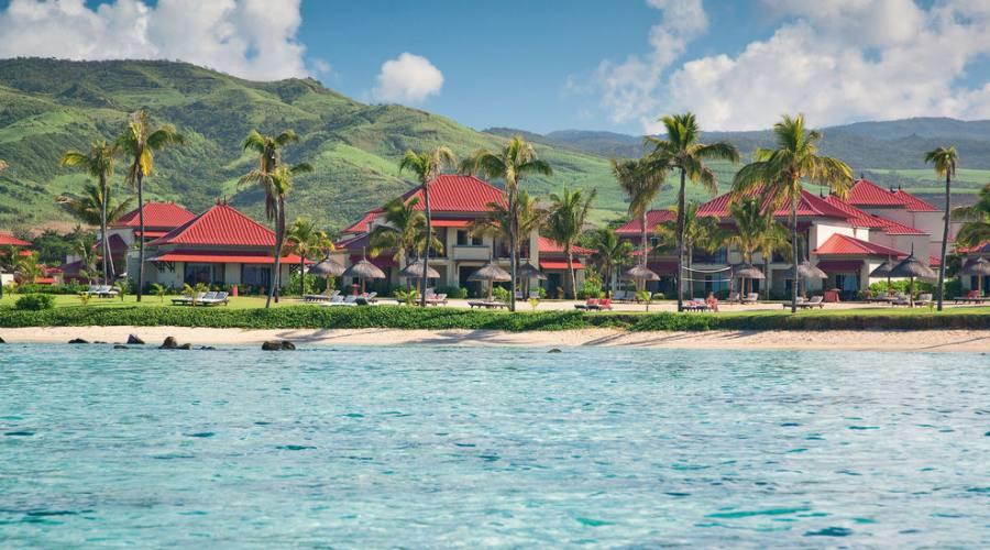 Vista dell'hotel dal mare
