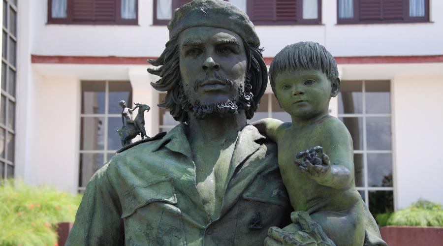 Santa Clara Statua del Che