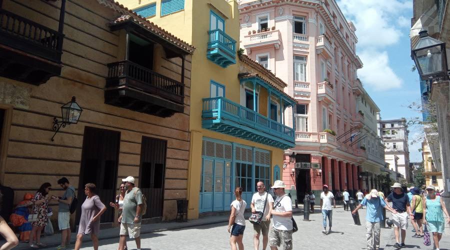 Per le strade dell'Avana Vieja