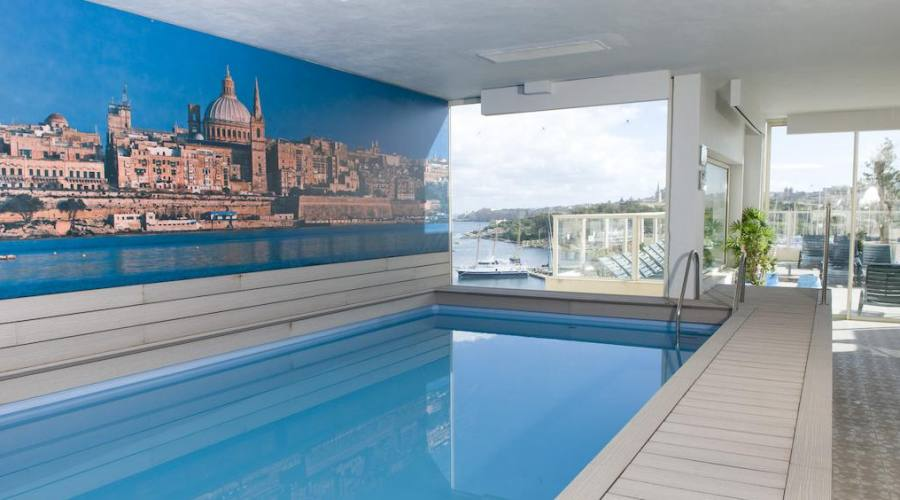 Bay View Hotel: Piscina Interna