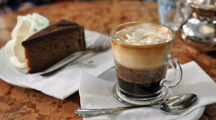 Vienna, al cafè