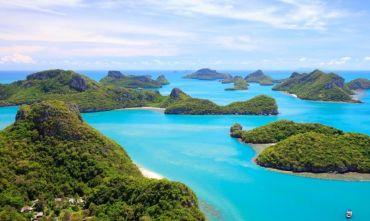 I templi e il mare del golfo del Siam